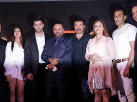 Ishita, Utkarsh Sharma, Anil Sharma, Sunny DEol, Ayesha Julka, Bobby Deol with Kamal Mukut at Genius wrap-up party.