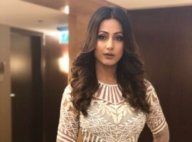 Actress Hina Khan, who has been undoubtedly called the most stylish actress of Indian television, has once again given us a look that we love!
