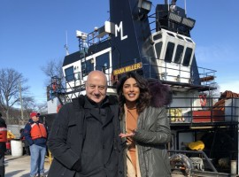 Former co-stars Anupam Kher and Priyanka Chopra had a mini-reunion on Quantico set.