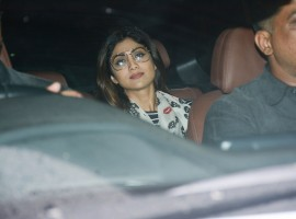 Shilpa Shetty gets clicked on her arrival at the special screening of Hichki at Yash Raj Studio.