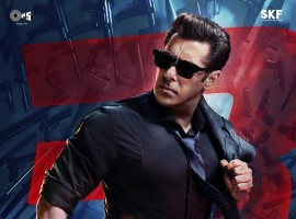 Meet Sikander aka Salman Khan in this all-new poster of Race 3.
