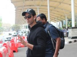 Hrithik Roshan snapped at Mumbai Airport.
