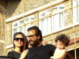 Shirtless Taimur Ali Khan soaks in the sun with parents Saif Ali Khan and Kareena Kapoor Khan.