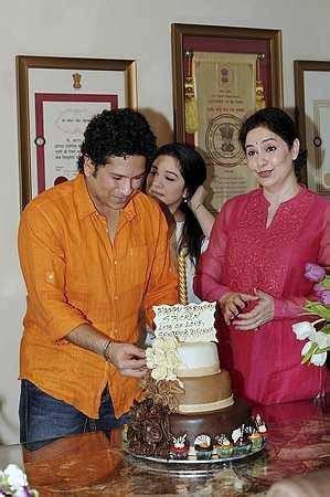 Sachin Tendulkar 42nd Birthday Celebration,Sachin Tendulkar 42nd Birthday Celebration pics,Sachin Tendulkar,sachin tendulkar birthday,Sachin Tendulkar birthday celebration,cricket palyer sachin