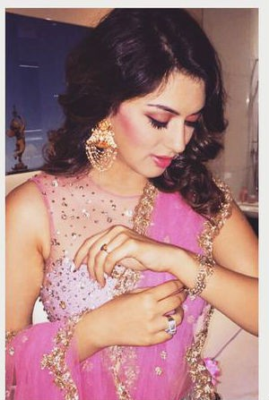 Hansika Motwani at Manchu Manoj Sangeet Function,Hansika Motwani,actress Hansika Motwani,south indian actress Hansika Motwani,Hansika Motwani in pink saree,Hansika Motwani in saree,Manchu Manoj Sangeet Function,Manchu Manoj Sangeet Function event,Manchu M