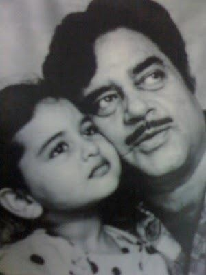 Sonakshi's childhood picture with father Shatrughan Sinha.