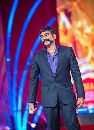Vijay Sethupathi at SIIMA Awards (Facebook/SIIMA)