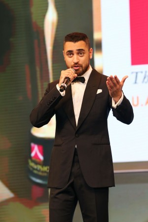 Imran Khan at Asiavision Movie Awards 2015