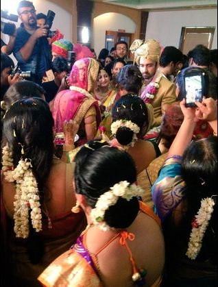 Avinash Sachdev and Shalmalee Desai's Wedding Pics,Avinash Sachdev Wedding Pics,Avinash Sachdev Wedding images,Avinash Sachdev Wedding photos,Avinash Sachdev Wedding stills,Shalmalee Desai Wedding Pics,Shalmalee Desai Wedding images,Shalmalee Desai Weddin
