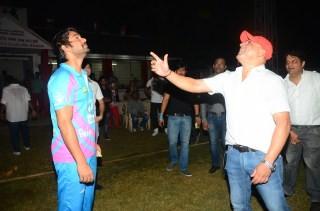 Sunil Shetty,actor Sunil Shetty,Pitch Blue's Corporate Cricket Bash,Pitch Blue's Corporate Cricket Bash pics,Pitch Blue's Corporate Cricket Bash images,Pitch Blue's Corporate Cricket Bash photos