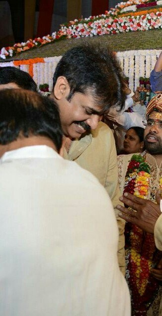 Bandaru Dattatreya's daughter's wedding,Bandaru Dattatreya's daughter's,Bandaru Dattatreya's daughter's marriage,Chiranjeevi,megastar Chiranjeevi,Pawan Kalyan,powerstar Pawan Kalyan