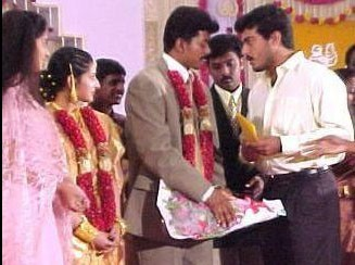 Vijay,ilayathalapathy vijay,ilayathalapathy,Vijay and Sangeetha,Vijay wedding day,Happy Anniversary Vijay,Vijay and Sangeetha rare pics,Vijay and Sangeetha rare images,Vijay and Sangeetha rare photos,Vijay and Sangeetha unseen pics,Vijay and Sangeetha uns