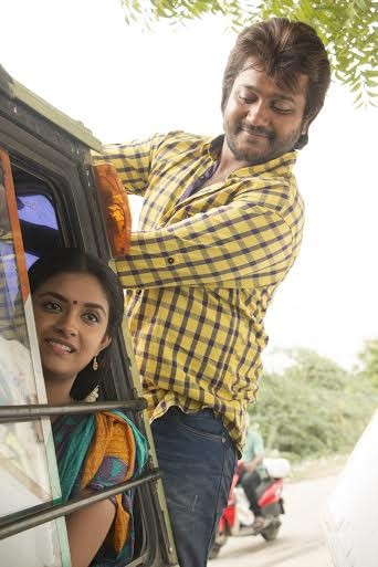 Paambu Sattai,tamil movie Paambu Sattai,Bobby Simha,Bobby Simha in Paambu Sattai,Paambu Sattai Movie Stills,Paambu Sattai Movie pics,Paambu Sattai Movie images,Paambu Sattai Movie photos,Paambu Sattai Movie pictures
