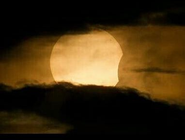 Annular Solar Eclipse of May 10, 2013, Australia.