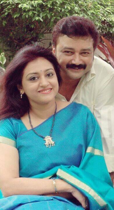 Jayaram parvathy,jayaram parvathy photos,jayaram parvathy wedding anniversary,jayaram family photos,jayaram parvathy wedding photos