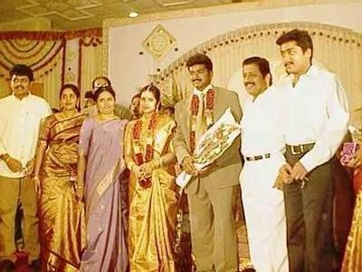 Vijay and Sangeetha,actor vijay,Vijay and Sangeetha Rare and Unseen Pics,Vijay and Sangeetha Rare Pics,Vijay and Sangeetha Unseen Pics,llayathalapathy Vijay,llayathalapathy Vijay rare pics,llayathalapathy Vijay pics,vijay rare pics,vijay rare images,vijay