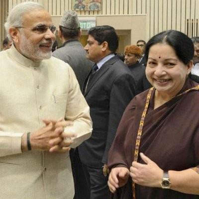 CM Jayalalithaa,Jayalalithaa,Jayalalithaa meets Modi,Jayalalithaa meets Narendra Modi,Narendra Modi