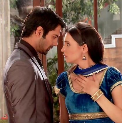 Arnav and Khushi in 'Iss Pyar Ko Kya Naam Doon'
