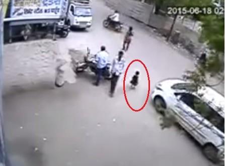 Maharashtra child who survived car crash