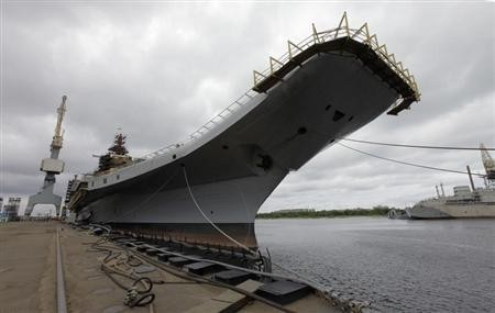 Admiral Gorshkov, a Soviet-era aircraft carrier that was bought by India, is anchored at the Sevmash factory in the northern city of Severodvinsk July 2, 2009.