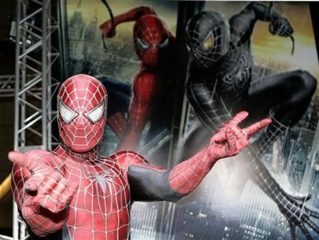 Spider-Man's Tale: Synthetic Silk That Can Stop Train to Soon be a Reality