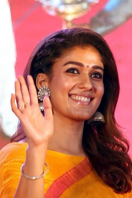 Nayanthara,actress Nayanthara,Nayanthara inaugurates Kalyan Silks showroom in Salem,Kalyan Silks showroom in Salem,Kalyan Silks showroom,Nayanthara opens Kalyan Silks showroom
