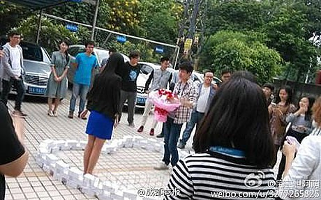 A Chinese man proposed his girlfriend by stacking 99 iPhone 6s in the form of a heart ahead of Singles Day. She turned him down, he is still single.