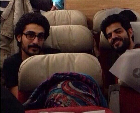 Sulaiman Al-Sebaee (left) with his brother after his return from Syria/Twitter