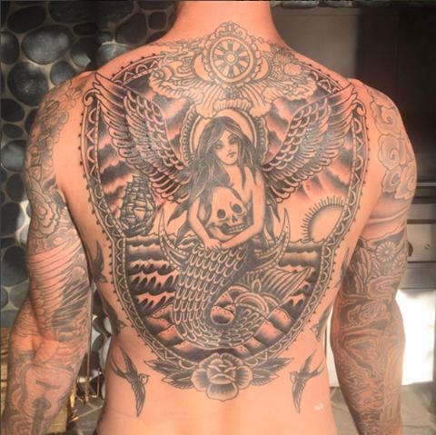 Adam Levine,Adam Levine's tattoo,Adam Levine's giant tattoo,tattoo,Maroon 5 singer Adam Levine,Maroon 5