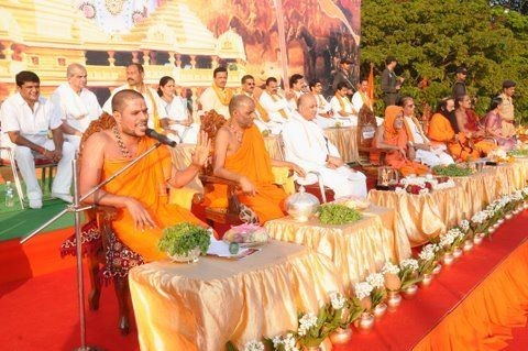 Members of saffron outfit Vishwa Hindu Parishad (VHP)