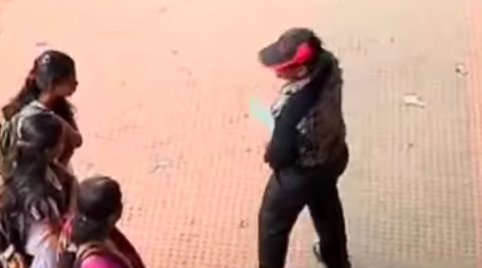 Kerala Police Introduces 'Operation Whistle' against Molesters, Eve-Teasers [VIDEO]