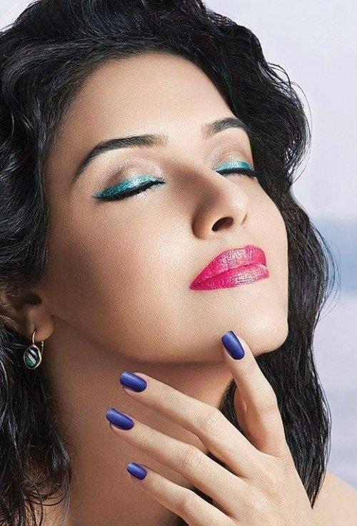 Asin Thottumkal,actress Asin Thottumkal,Asin Thottumkal pics,Asin Thottumkal images,Asin Thottumkal stills,asin,actress asin,Asin Thottumkal hot pics,hot asin,south indian actress