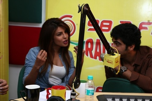 Priyanka Chopra and Arjun Kapoor At Radio Mirchi