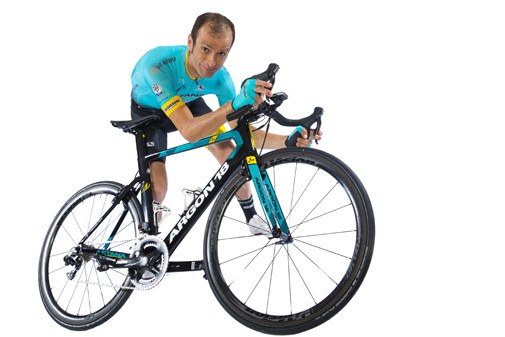 Former Giro champion Michele Scarponi dies after crash