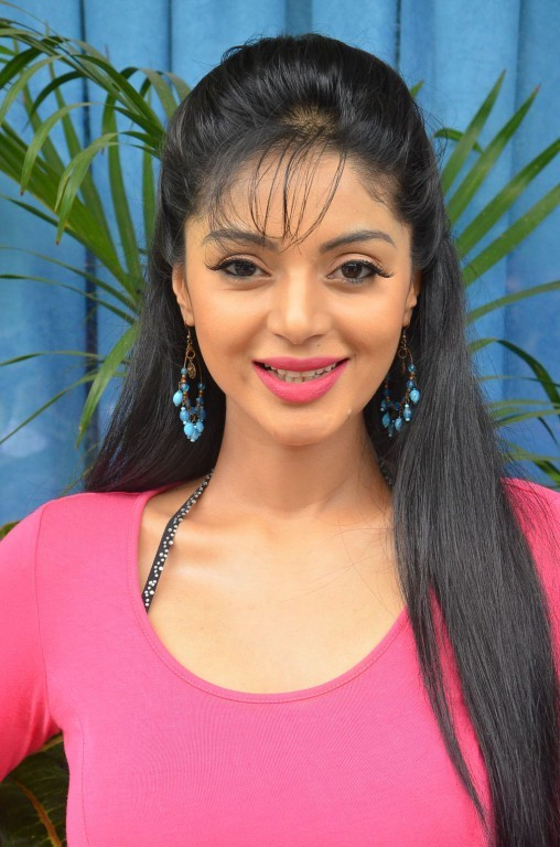 Sanam Shetty,actress Sanam Shetty,Sanam Shetty Latest Pictures,Sanam Shetty Latest pics,Sanam Shetty Latest images,Sanam Shetty Latest photos,Sanam Shetty Latest stills,Sanam Shetty Latest gallery