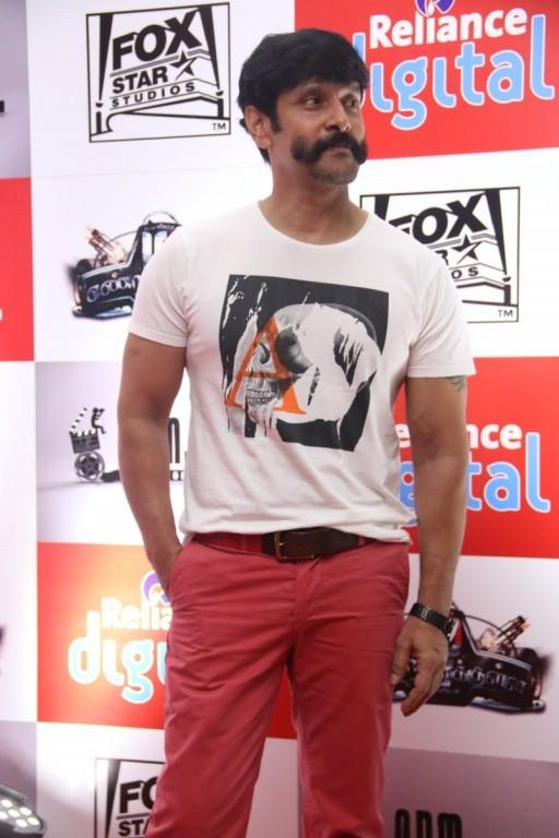 Vikram,Chiyaan Vikram,actor vikram,Vikram's New Look for his Next Movie,Vikram's New Look,Vikram latest pics,Vikram latest images,Vikram latest photos,Vikram latest stills,Vikram latest pictures,Vikram latest gallery
