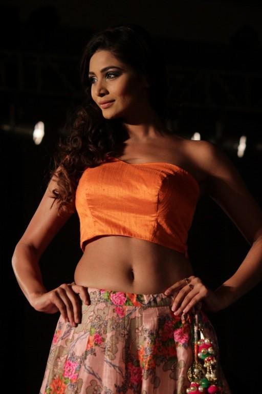 Samantha,Trisha,Ramya Krishanan,Breakaway 10th Anniversary,Samantha,Trisha,Samantha and Trisha,Fashion Week,Fashion show