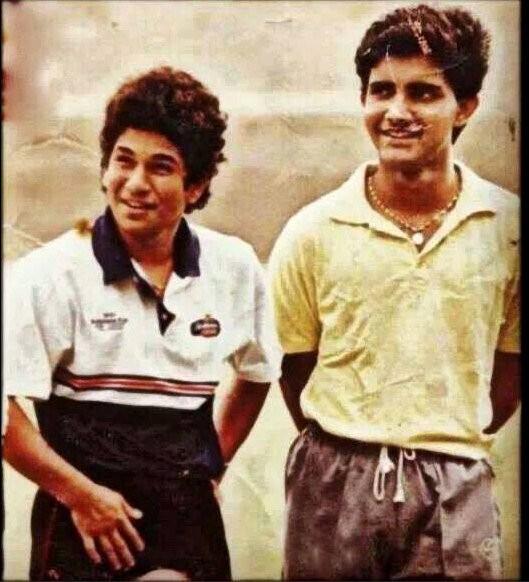 Sachin Tendulkar,Sachin tendulkar photos,Sachin tendulkar pays respected to childhood coach,Ramakant Achrekar,Guru Purnima,Guru,Sachin tendulkar childhood coach,Photo,Sachin photos,tendulkar photos,Tendulkar