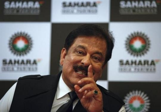 Sahara Chief Subrato Roy was attacked by black ink on Tuesday as he arrived at the Supreme Court.