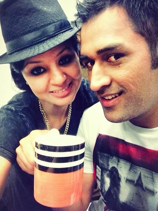 Sakshi - MS Dhoni