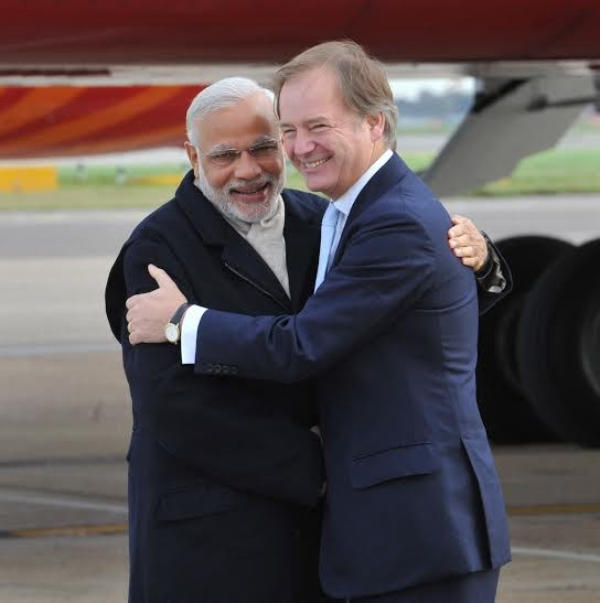 Narendra Modi reaches London,Narendra Modi in London,Modi in UK,Modi visit to Britain,Modi in Britain
