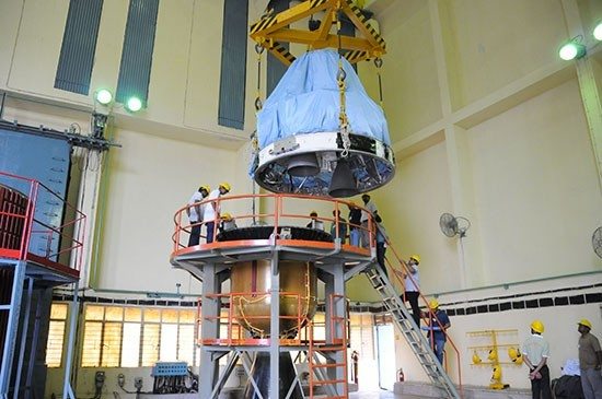 3 Hoisting of one of the segments of the PSLV-C25 during vehicle integration