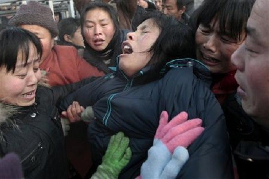 Relative of a Chinese coal mine accident victim (Reuters file)