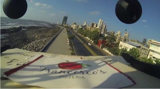 Mumbai Pizza outlets delivers pizza using a drone