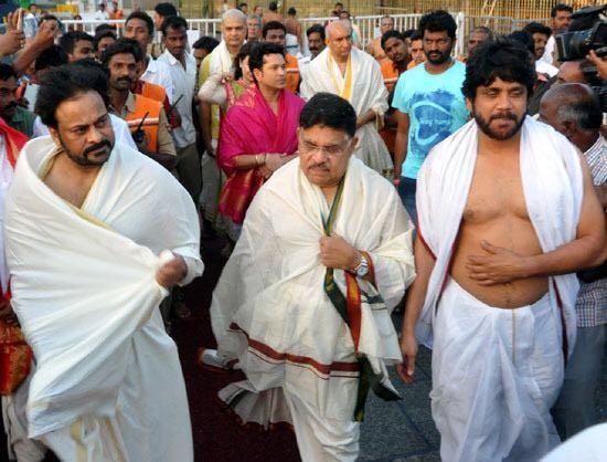 Chiranjeevi, Akkineni Nagarjuna, Allu Aravind, Sachin Tendulkar and Aravind Prasad