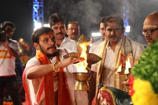 Pawan Kalyan,Pawan Kalyan at Bhakti TV's Koti Deepotsavam,Pawan Kalyan at Koti Deepotsavam,Koti Deepotsavam,Koti Deepotsavam pics,Koti Deepotsavam images,Koti Deepotsavam photos,Koti Deepotsavam stills,Pawan Kalyan pics,Pawan Kalyan images,Pawan Kaly