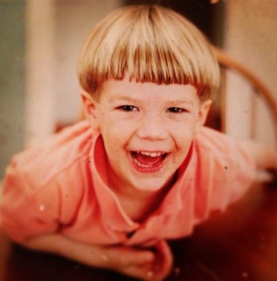 Happy Birthday Grant Gustin The Glee Star Turns 24