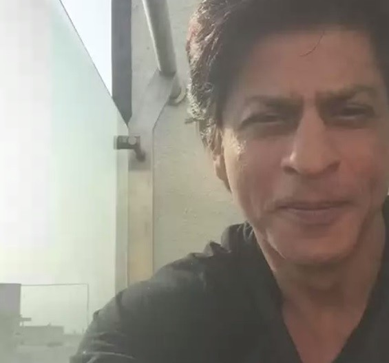 Shah Rukh Khan's first video tweet