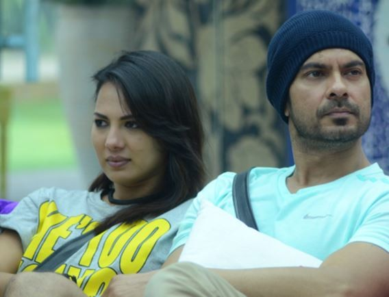 'Bigg Boss 9': Suyyash Rai waxes his legs; Keith Sequeira-Rochelle Rao get intimate at night
