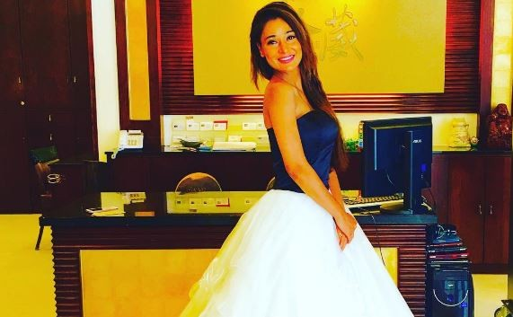 Sara Khan shooting in Pakistan; actress' parents worried for her safety